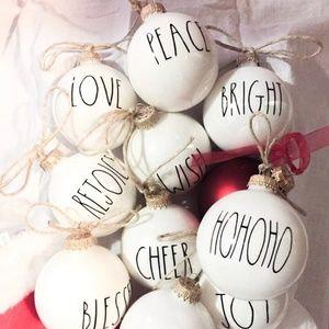 Accessories - Farmhouse style Christmas ornaments